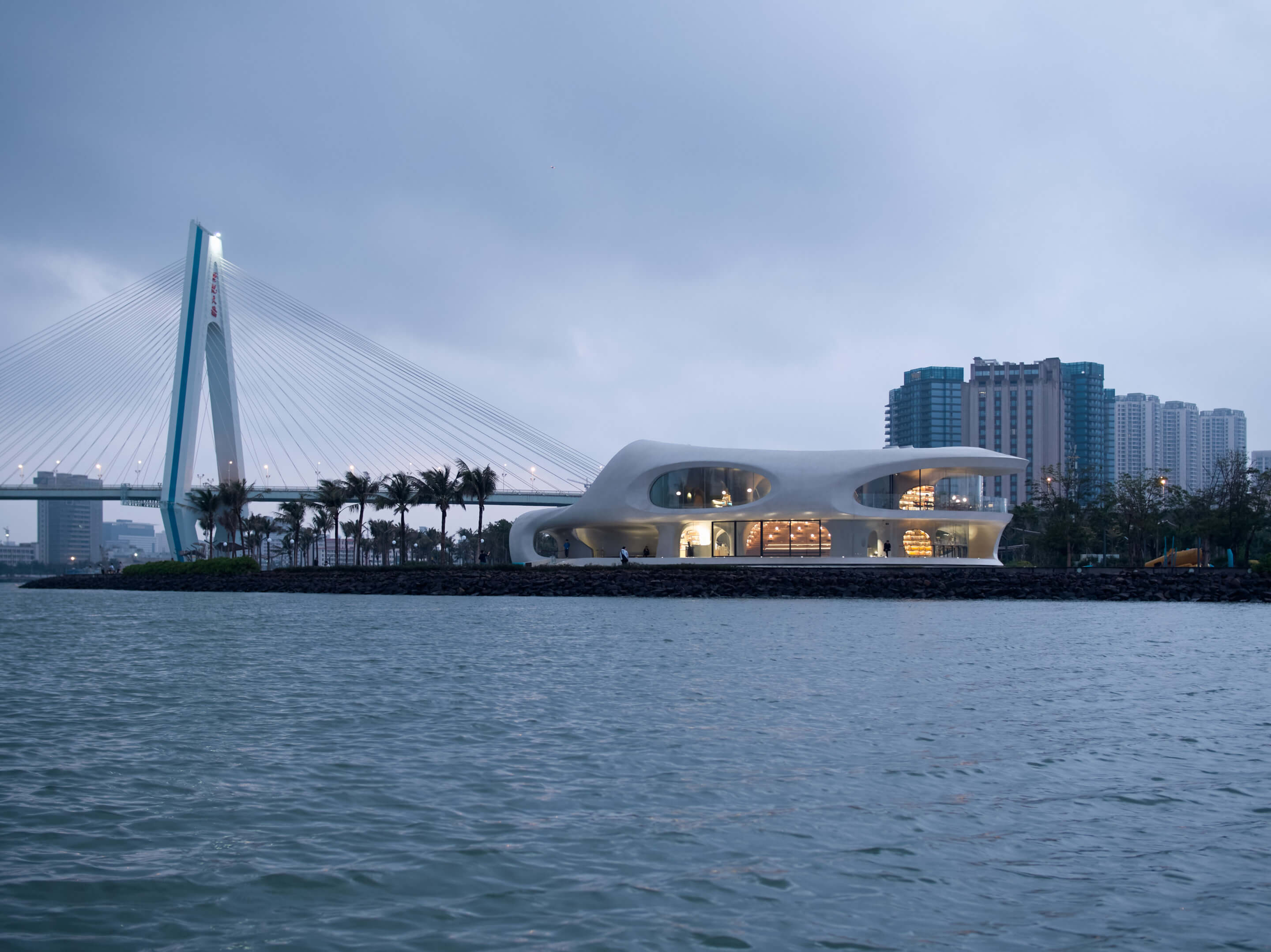 03_MAD_The-Cloudscape-of-Haikou_by-AOGVISION-scaled