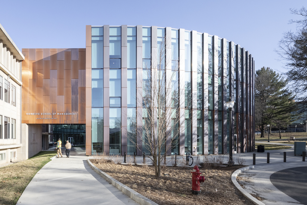 05_BIG_ISOM_UMass-Isenberg_Business-Innovation-Hub_Image-by-Laurian-Ghinitoiu