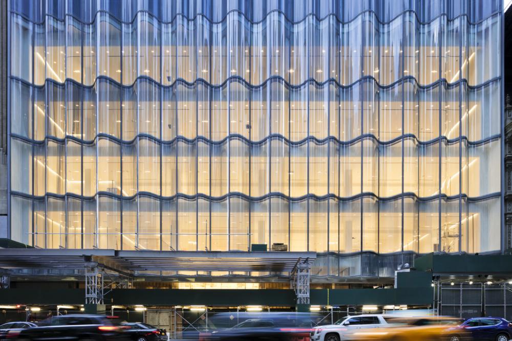 10_Nordstrom-NYC_57th-Street-Facade-e1579290544642