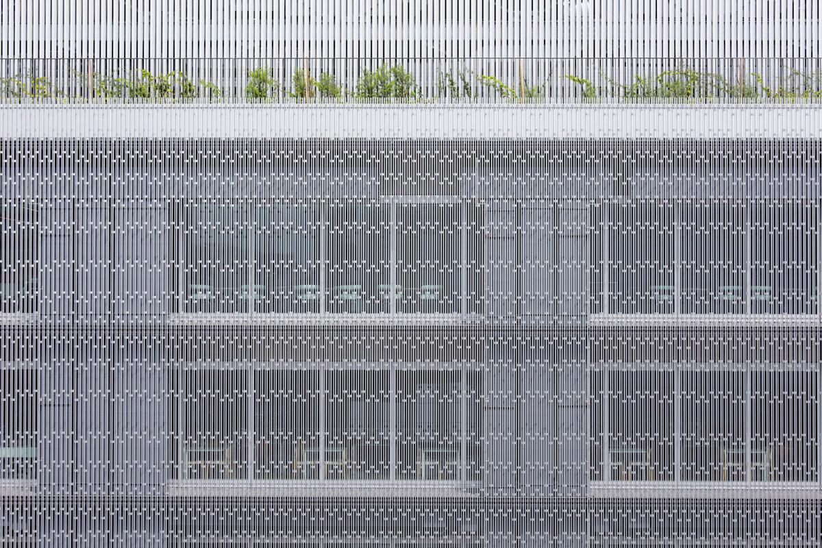 YKK80ビル・YKK和泉ビル