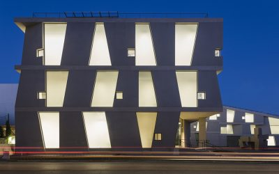 Steven Holl's Glassell School of Art is clad with 178 unique precast panels