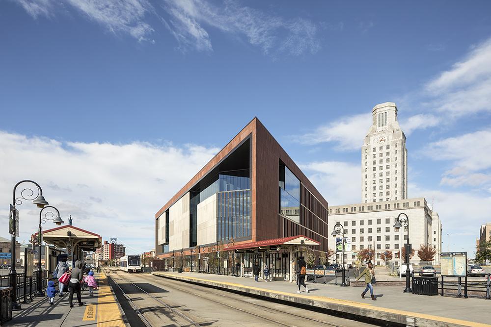 Rutgers Univ-Camden_Nursing and Science Building_Ext Southeast Corner 1__Copyright Sarah Mechling-Perkins Eastman