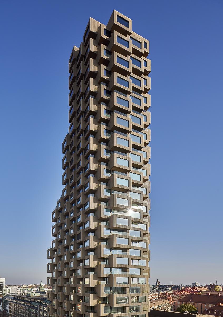 Norra Tornen, Oscar Properties