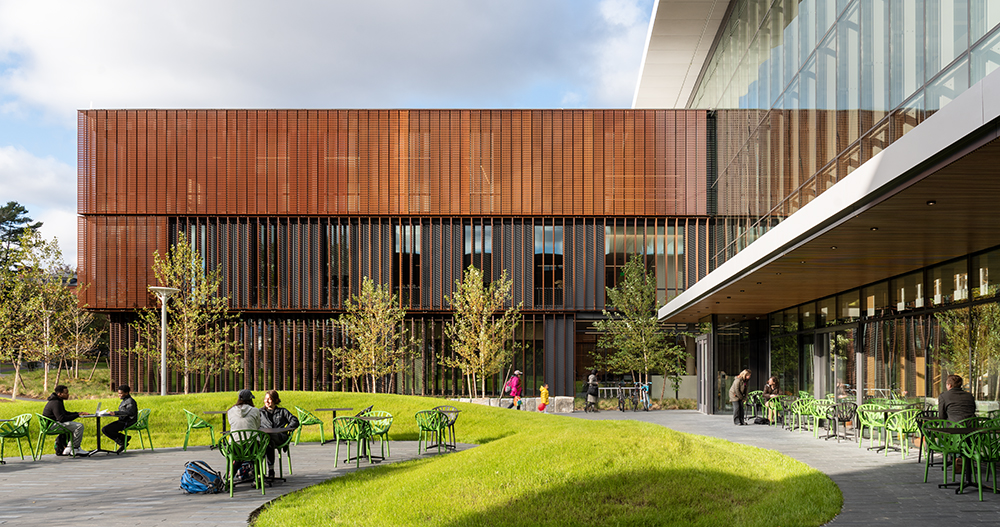 Amherst's New Science Center outperforms with a facade material quintet