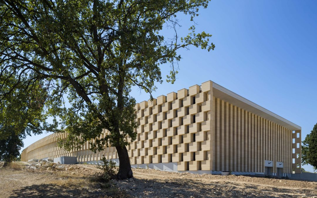 This winery holds its own with a self-supporting limestone facade