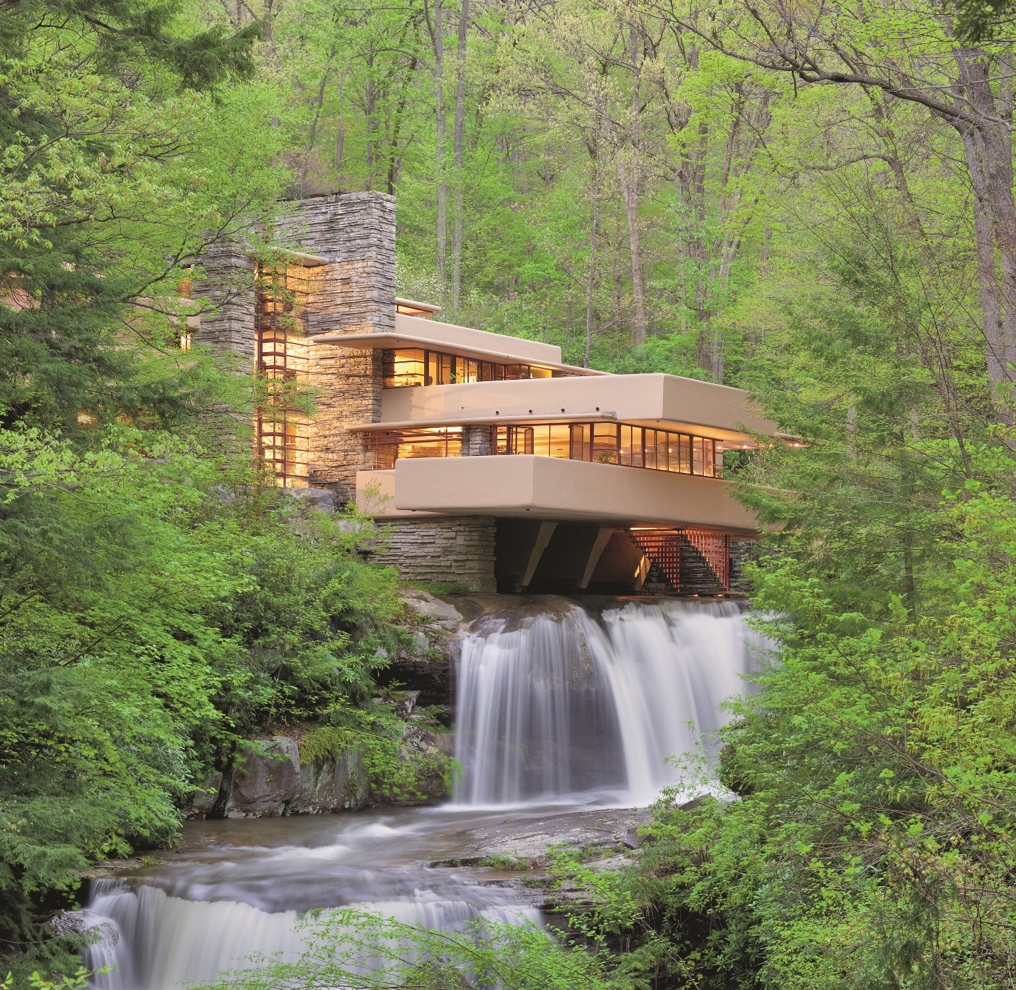 Fallingwater-classic-view-–photo-by-Christopher-Little_courtesy-of-the-Western-Pennsylvania-Conservancy
