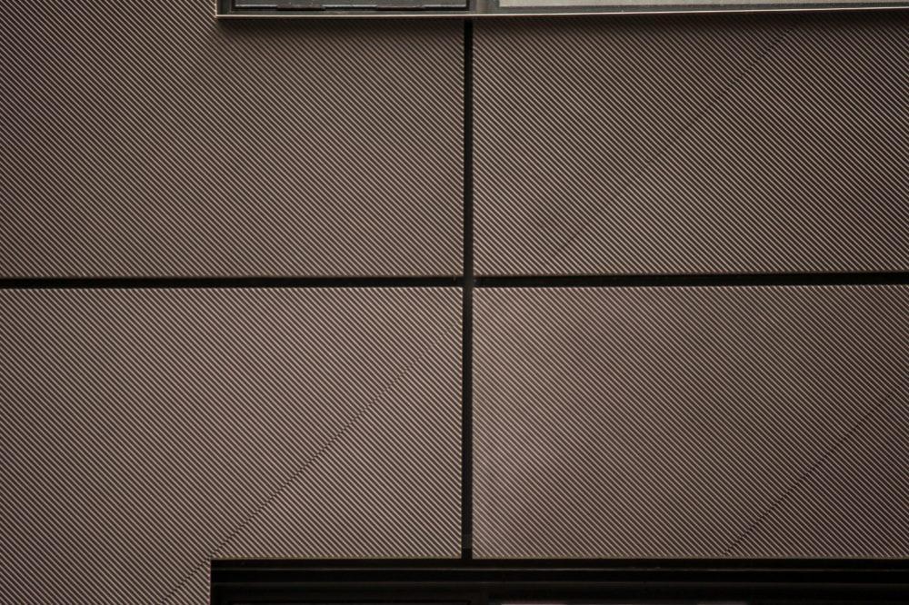 Facade detail of 30 Warren Street