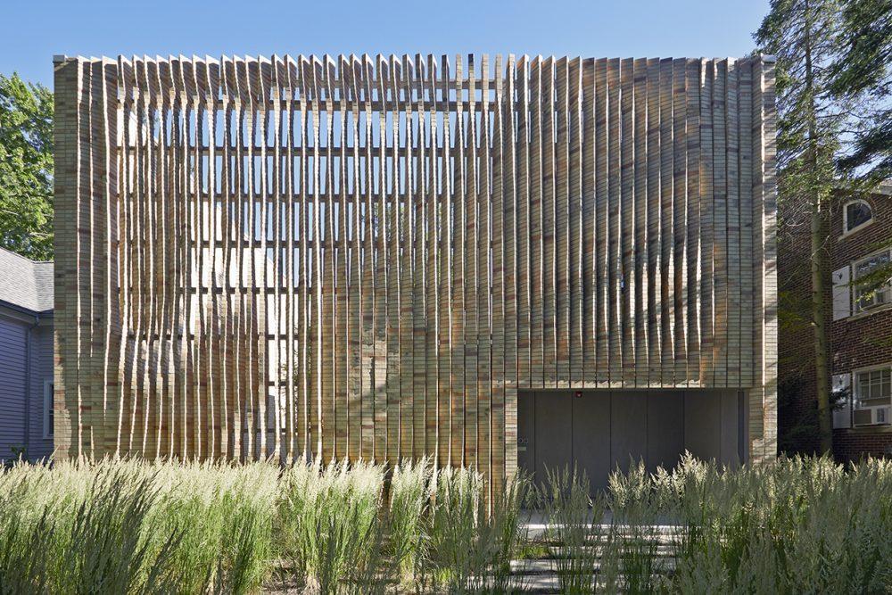 Exterior of the Lipton Thayer Brick House by Brooks + Scarpa