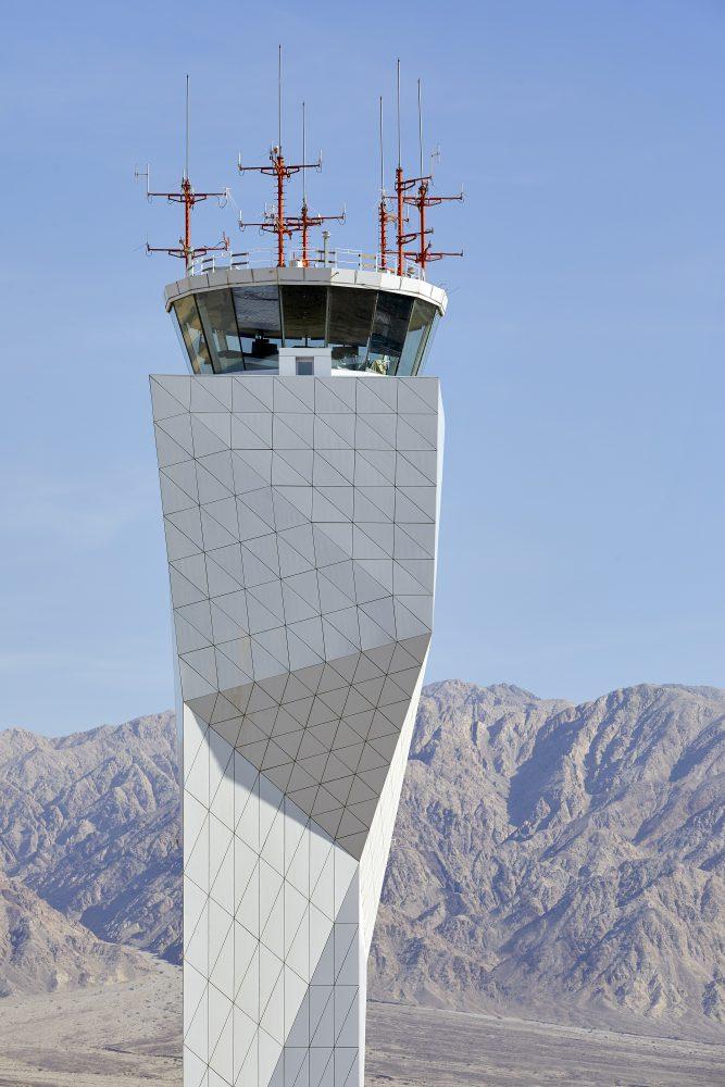 MANNSHINARARCHITECTS_airportdesign_HuftonandCrow_RAMONairport3
