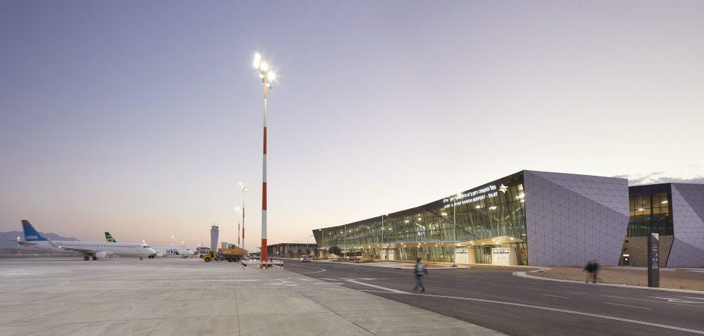 MANNSHINARARCHITECTS_airportdesign_HuftonandCrow_RAMONairport4