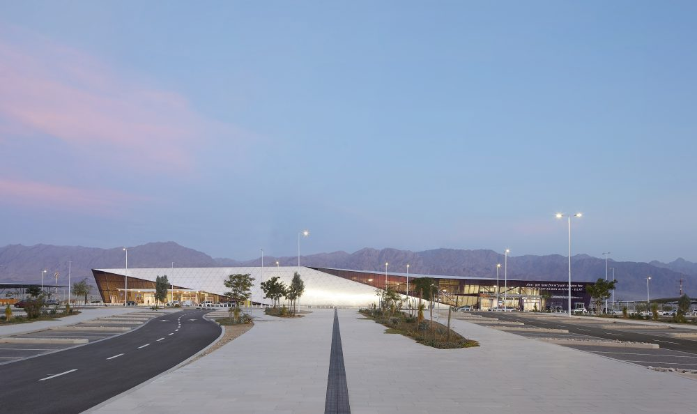 MANNSHINARARCHITECTS_airportdesign_HuftonandCrow_RAMONairport6