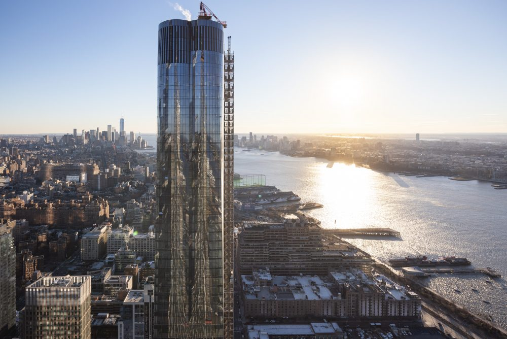 DS+R wraps up 15 Hudson Yards with the largest cold-warped curtainwall in North America