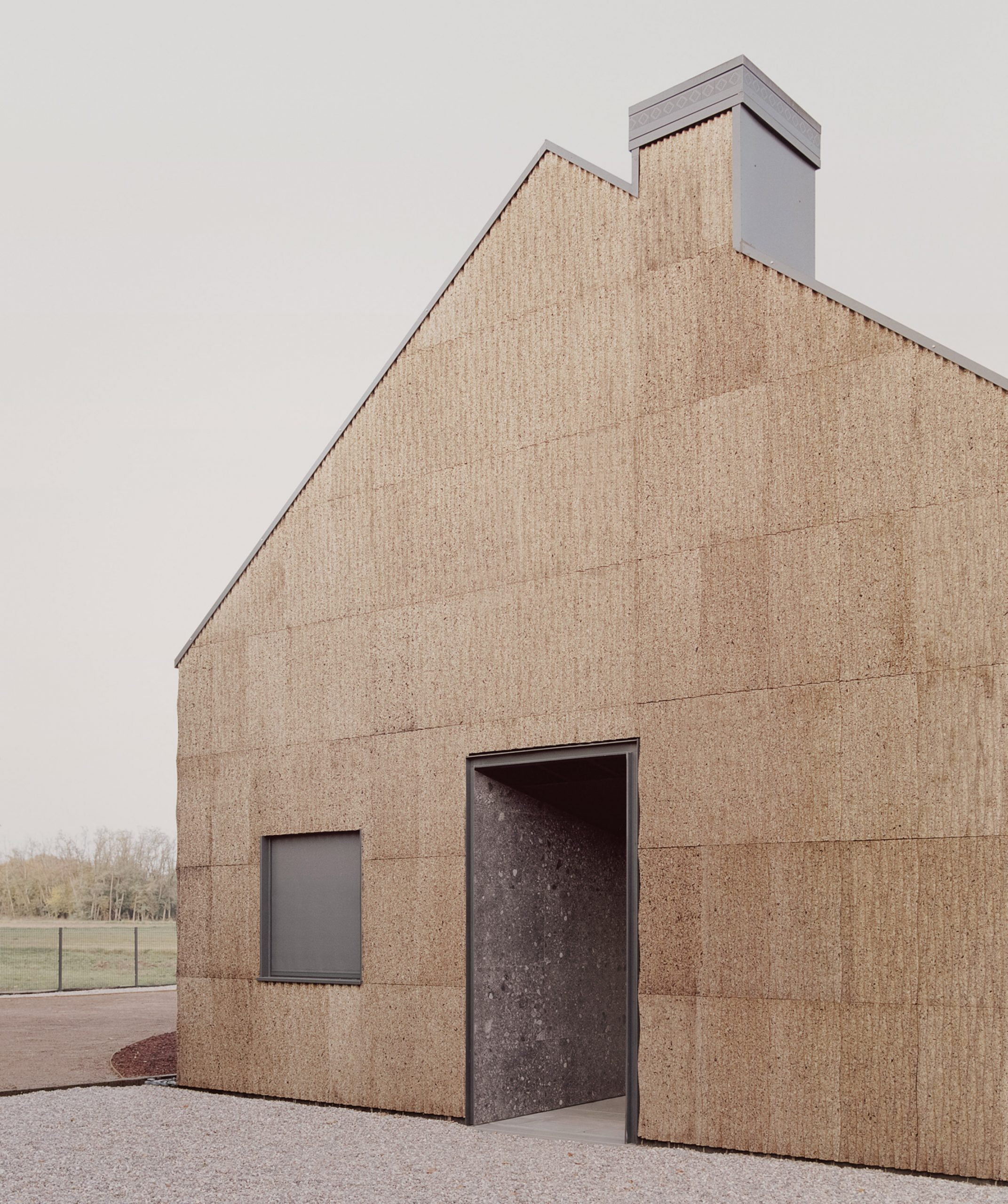 the-house-of-wood-straw-and-cork-lca-architetti-residential-houses-italy_dezeen_2364_col_16-scaled