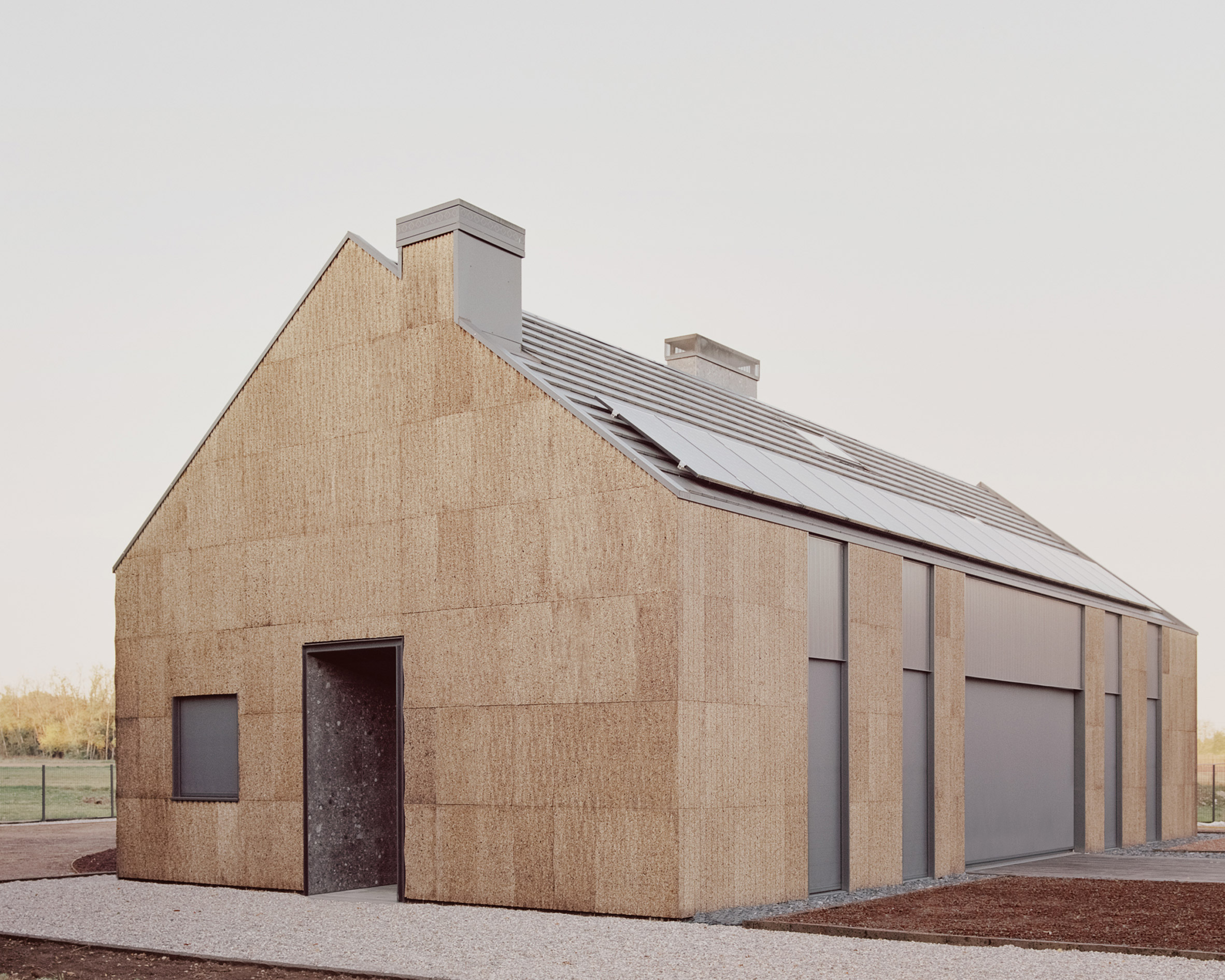 the-house-of-wood-straw-and-cork-lca-architetti-residential-houses-italy_dezeen_2364_col_7
